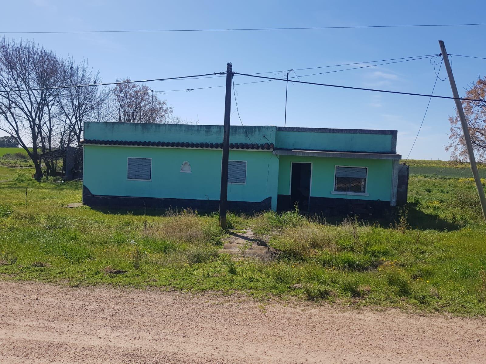 Chacra de 6 hectáreas con casa.-